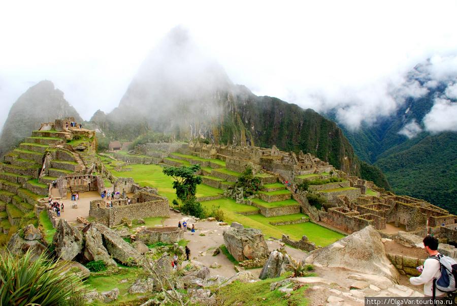 Окутанный туманом Мачу-Пикчу не менее прекрасен