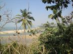 Сверху офигенный вид на Paradise beach.