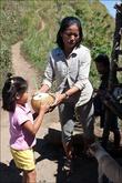 В конце трейла (он же его начало) можно прикупить кокосов по 20 песо