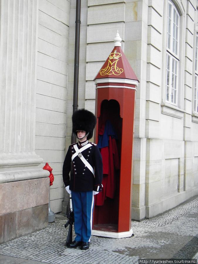 Копенгаген, гвардеец у дворца