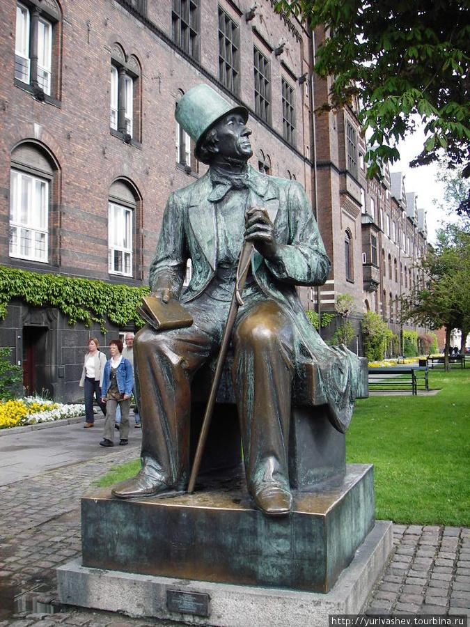 Копенгаген, памятник Андерсену
