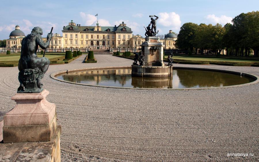Королевский дворец в Дроттнигхольме