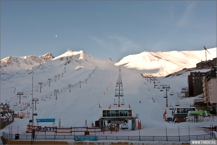 Солнечная и снежная Андорра Пас-да-ла-Каса, Андорра