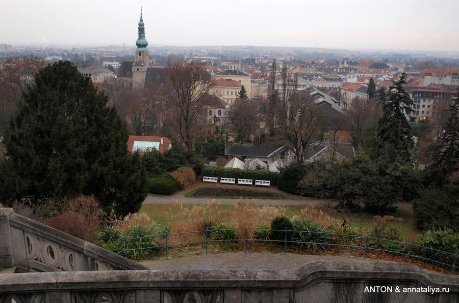 Вид на Баден из курпака из храма Бетховена