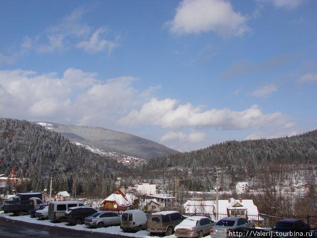 Апрель 2010. Только — что прошел снег.