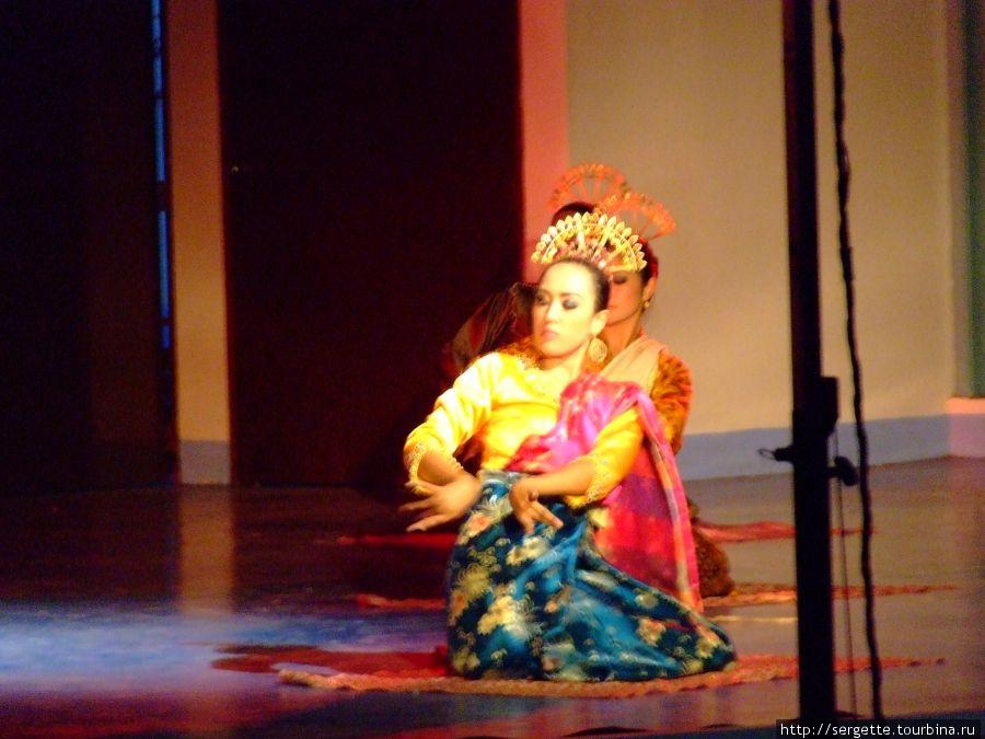 Национальный танец. остров Минданао