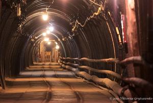 г. Бохня, Польша. Соляная шахта Бохни. Тоннель ведущий к выходу из шахты