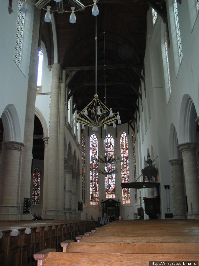 Старая церковь внутри