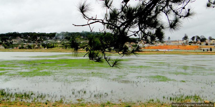Озеро Суанхыонг – Ароматная весна (Huan Huong lake)