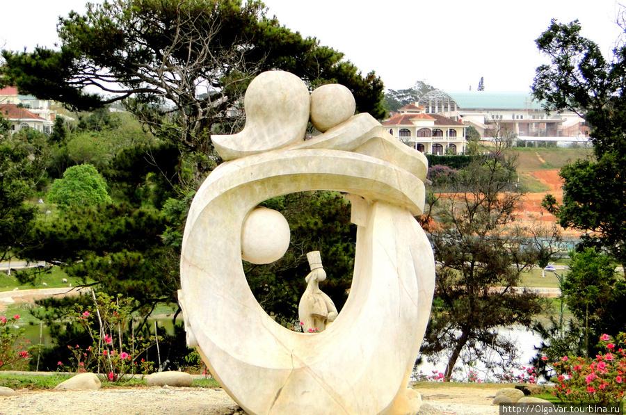 и различных скульптурных композиций