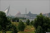 Вид на мечеть и резиденцию премьер-министра.