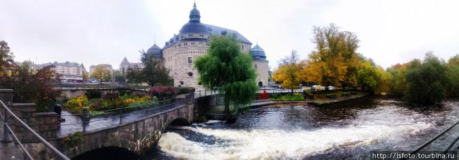 Швеция, Эребру. Снято мобильным телефоном. Панорама из 8 вертикальных снимков.