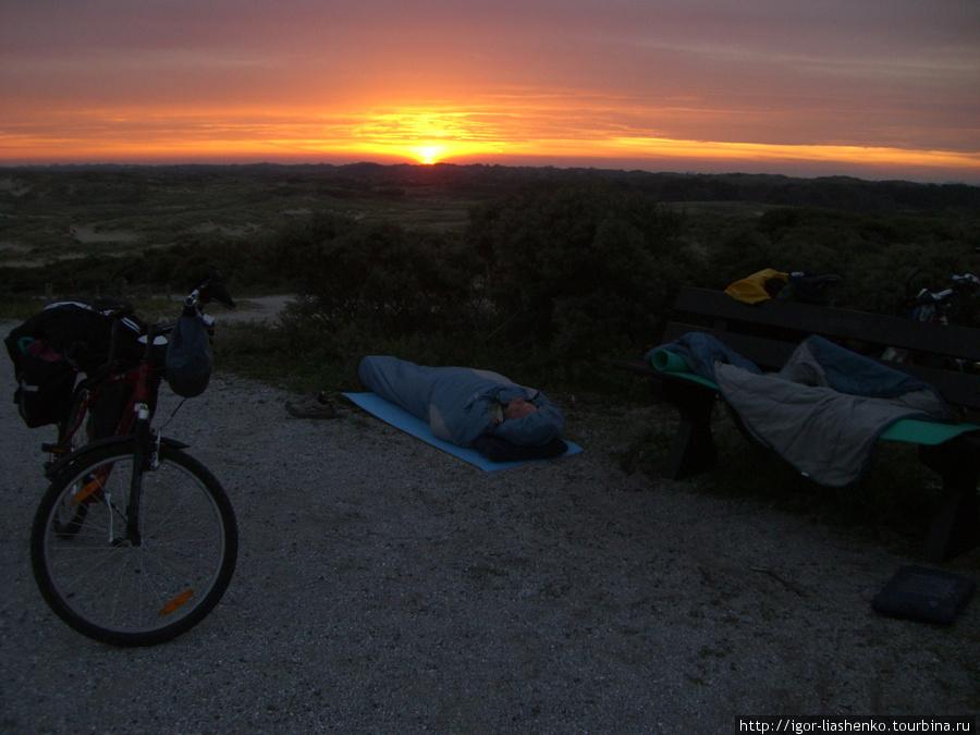 Рассвет в голландских дюнах
