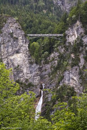 Один из лучших видов открывается с моста Marienbrücke: