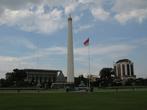 Главная Площадь — мемориал Героям Борьбы За Независимость (они и есть главные пахлаваны)