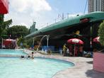 Вокруг лодки — бассейн для детей и другие радости