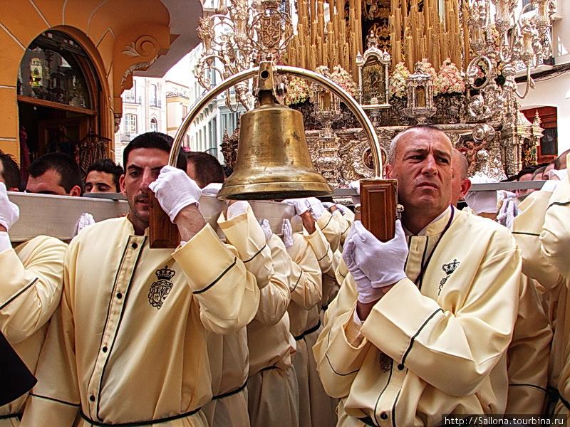 колокол — служит для пода