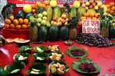 А ещё наверху дают тарелку фруктового салата за 10 рупий (6,5 рублей)
