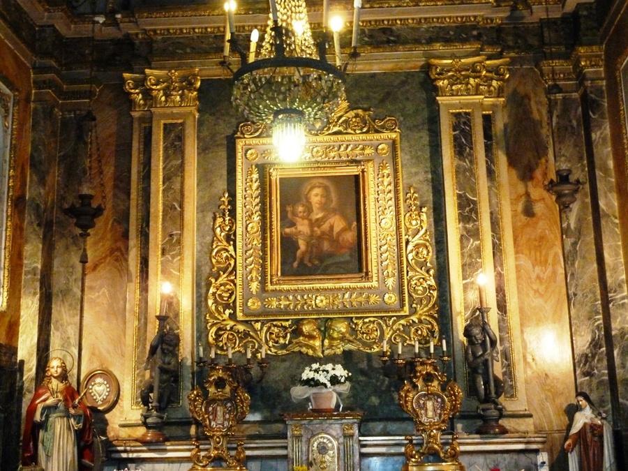В церкви Санта-Кристина