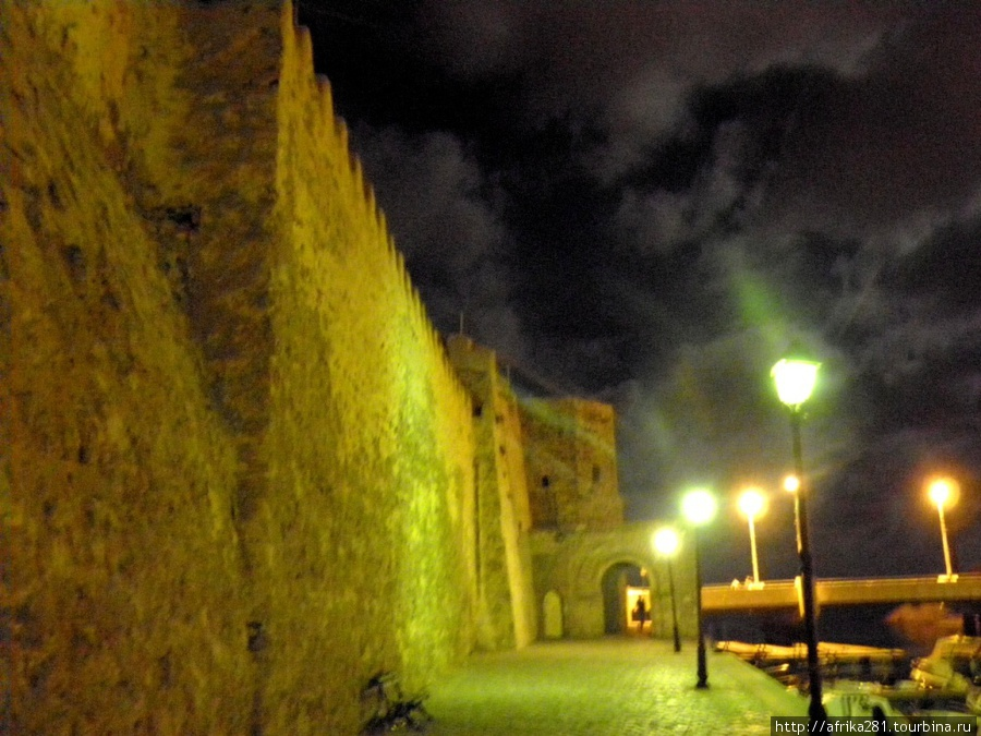 Ночь, улица, фонарь...