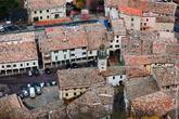 Черепичные крыши города