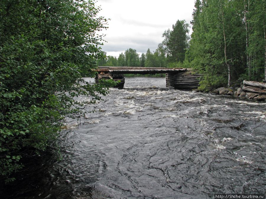 мост с клиновидными опорами.