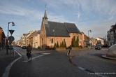 г. Тюрнхаут, Бельгия. Здесь начинается старый квартал Begijnhof. Одна  из старых церковушек Тюрнхаута