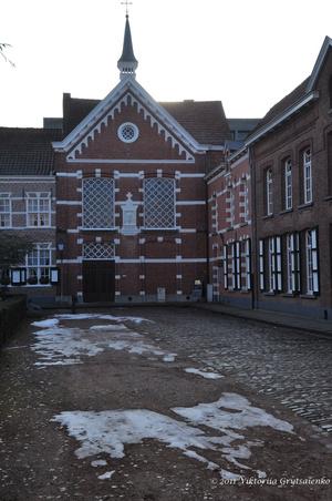 г. Тюрнхаут, Бельгия. Старый квартал Begijnhof. Жилие и административные здания монастыря Begijnhof
