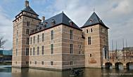 г. Тюрнхаут, Бельгия. Замок герцогов Барбанта (12 век)