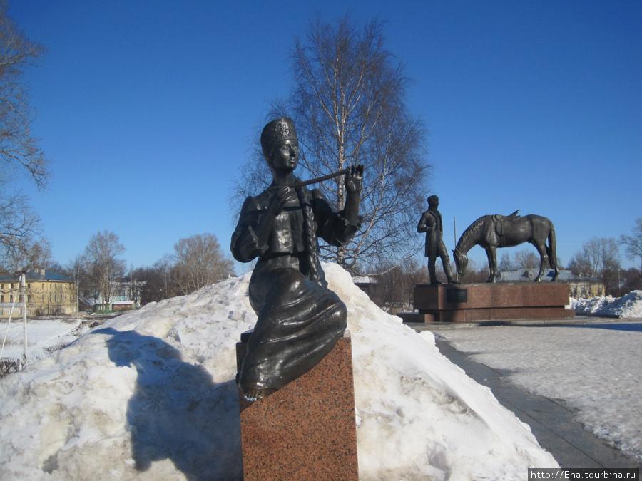 Одна из нимф у памятника Н.К. Батюшкову