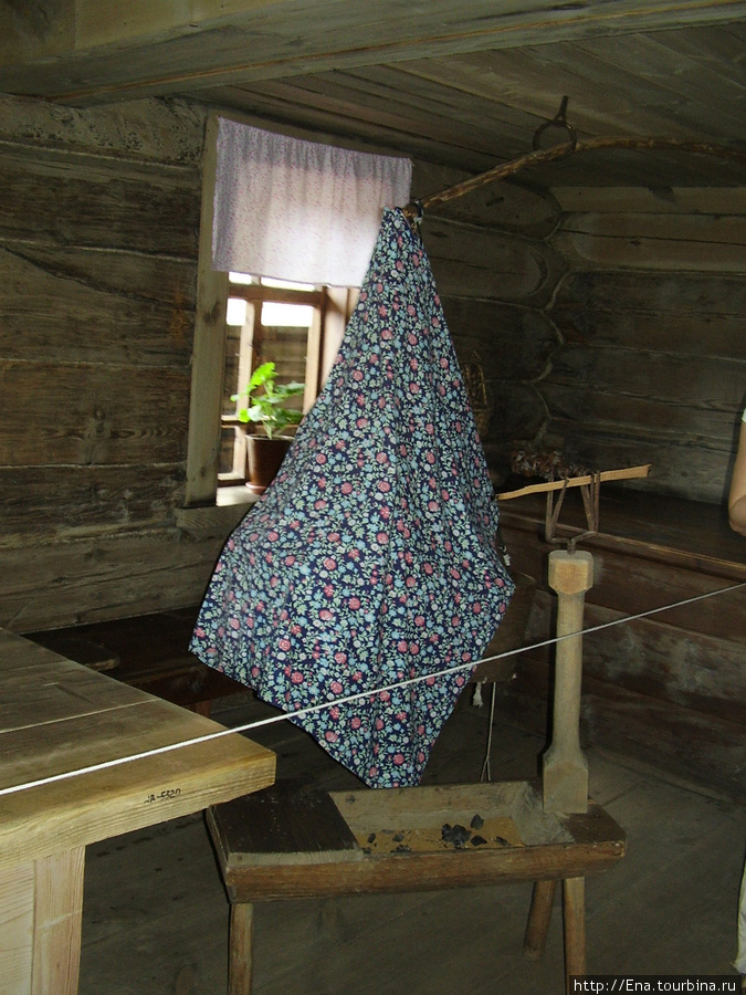 22.05.2010. Суздаль. Музей деревянного зодчества. В доме крестьянина.