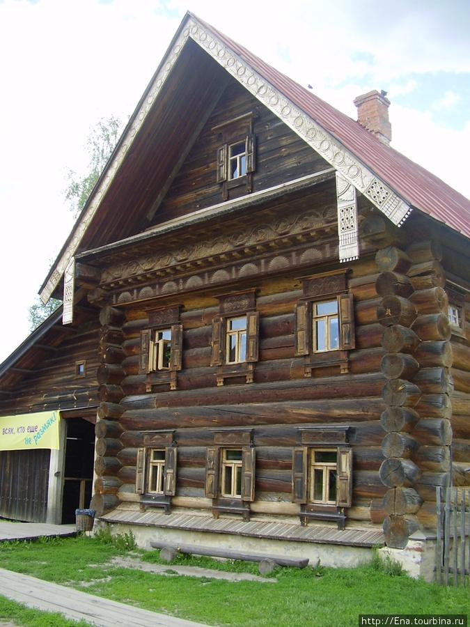 22.05.2010. Суздаль. Музей деревянного зодчества. Богатый дом