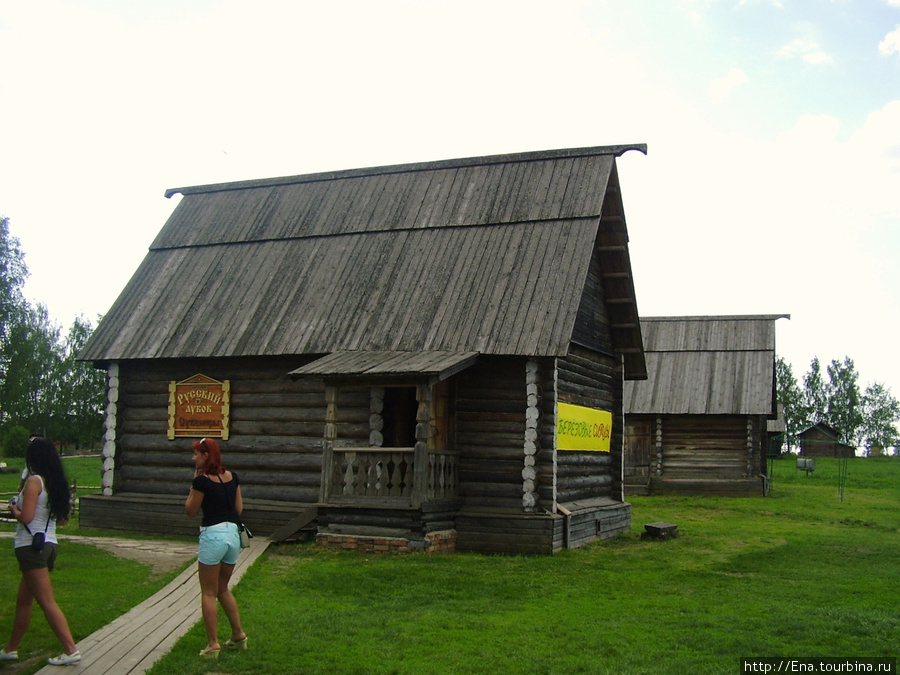22.05.2010. Суздаль. Музей деревянного зодчества. Амбар