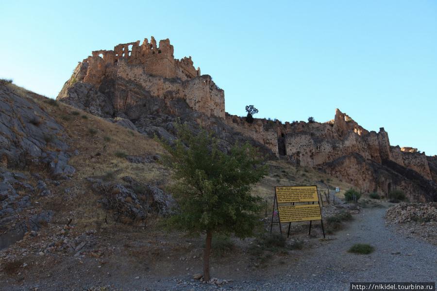 развалины турицкой крепости