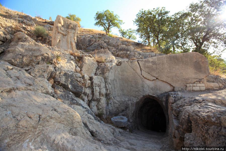 подземный ход в город Арсамия