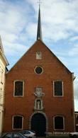 г. Синт-Никлас, Бельгия. Церковь Святого Антония (Sint-Antoniuskerk). Эта церковь была построена на месте бывшего мужского монастыря в 1689-1696 гг. Церковь была отреставрирована в 1991 году и охраняется как памятник архитектуры.