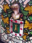 г. Синт-Никлас, Бельгия. Дом Янсенов, семьи влиятельных людей в Синт-Никласе. Сейчас здесь находится музей. На фотографии фамильный герб семьи Янсенов в виде объемного оконного витража.
