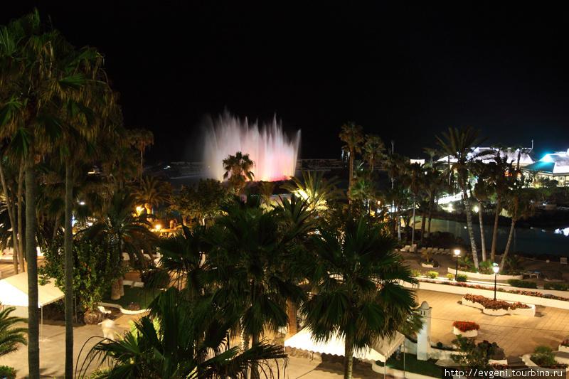 пляж Лаго Мартианез ночью