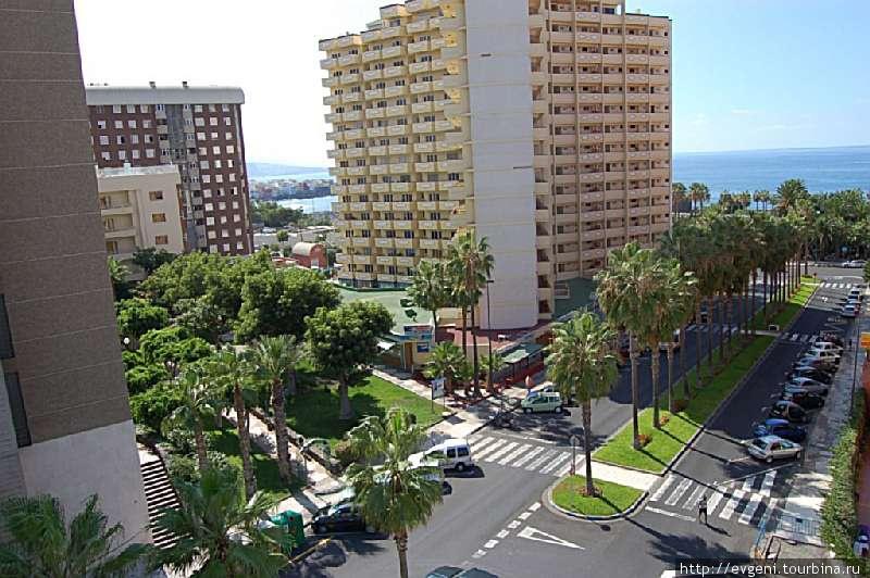 Улица Melchor Luz идущая к Океану