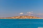 Кроме нашего катера на острове был большой теплоход и пара очень крутых яхт. На прогулку и купание нам выделили около 2-х часов.