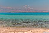 Ливийское море имеет просто умопомрачительный цвет воды.