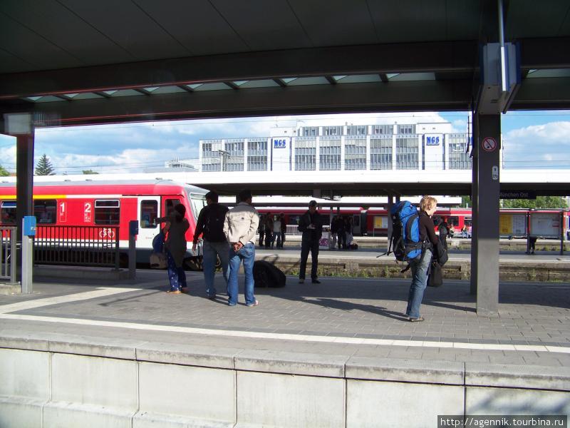 Остбанхоф — сюда идет S8 из аэропорта