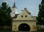 укрепленный монастырь