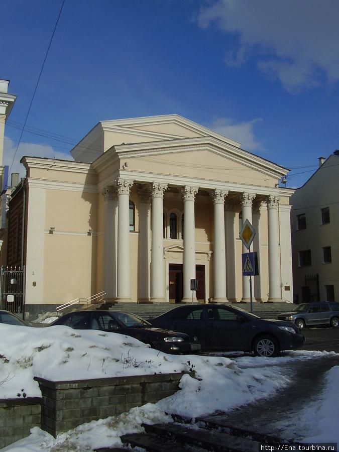 Минск. Особняк-сказка