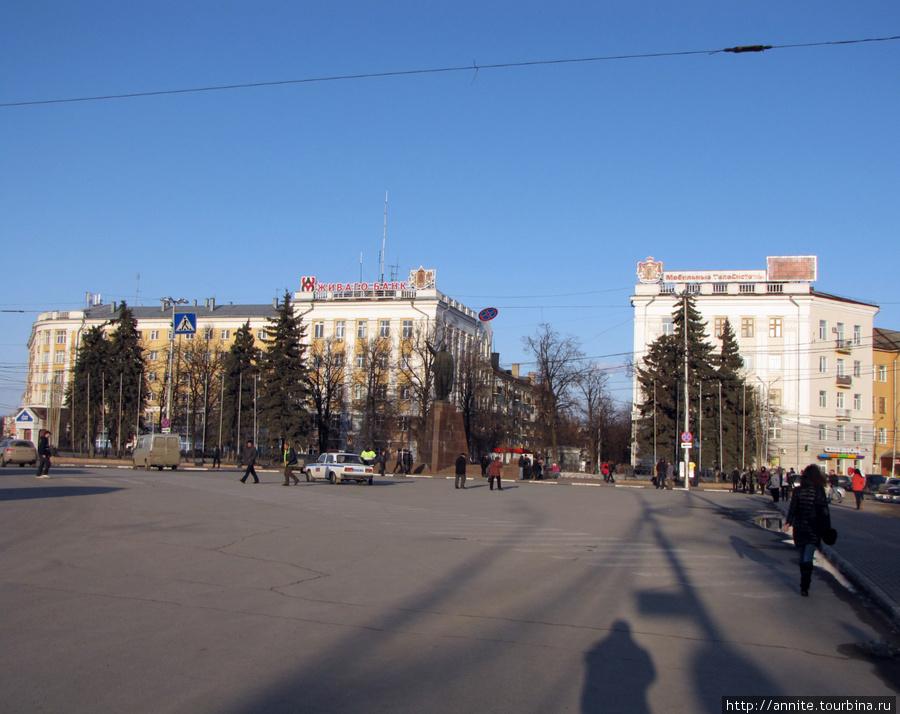 Площадь Ленина, общий вид.