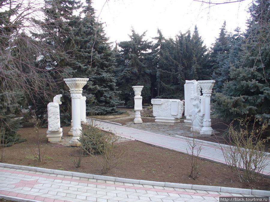 скульптуры малых форм в санаторном парке