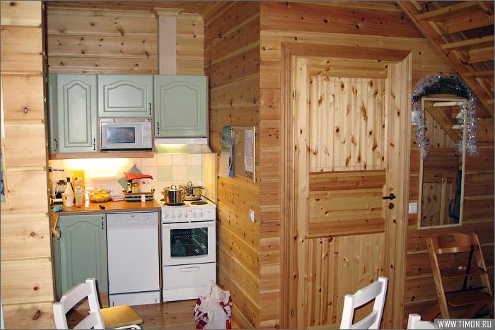 Кухня в маленьком блоке