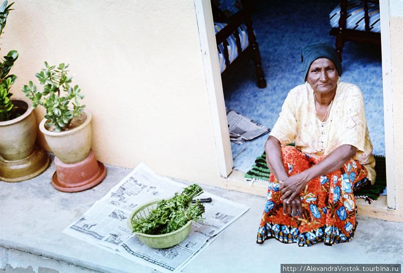 работница чайной плантаци