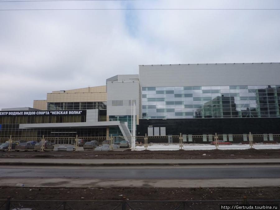 Вид на Центр с нечетной стороны ул. Джона Рида.