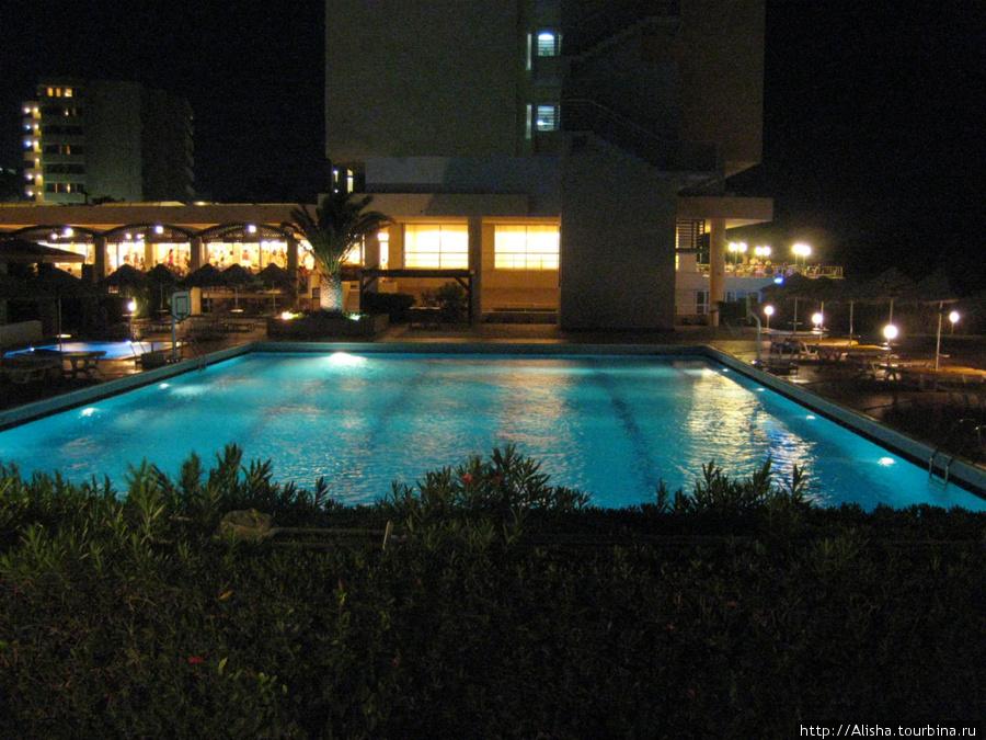 Отель Blue Sea Beach Resort**** —  бассейн для занятий аквааэробикой